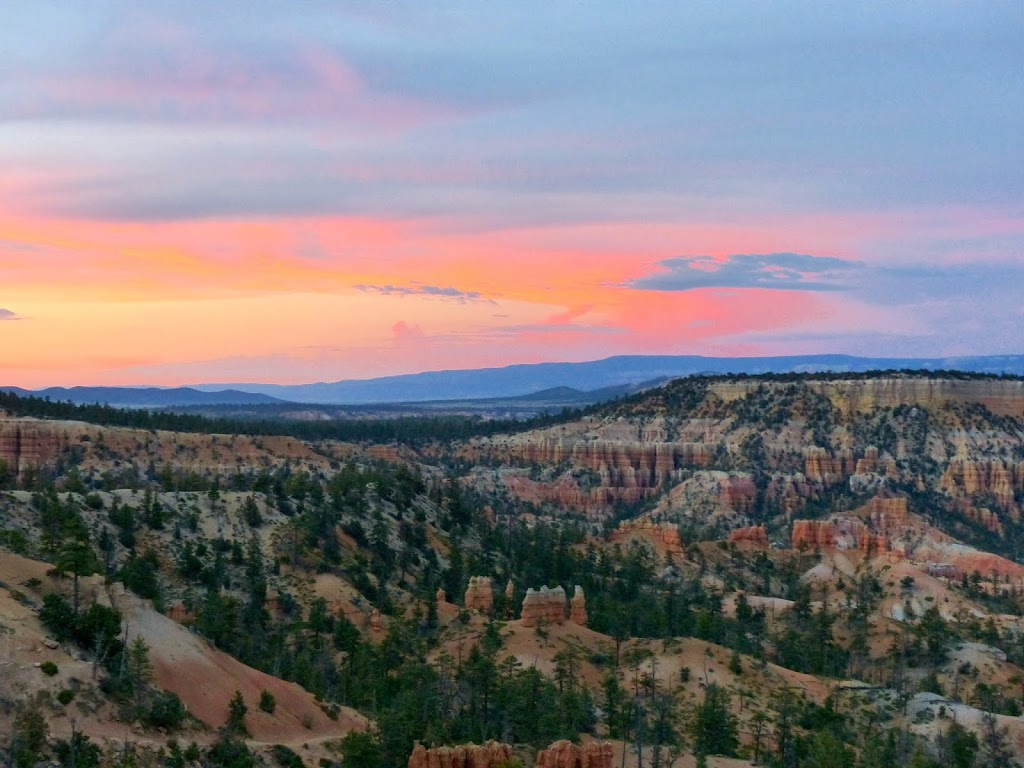 Sunset at Bryce Canyon